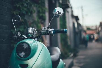street-vehicle-motor-scooter-vespa